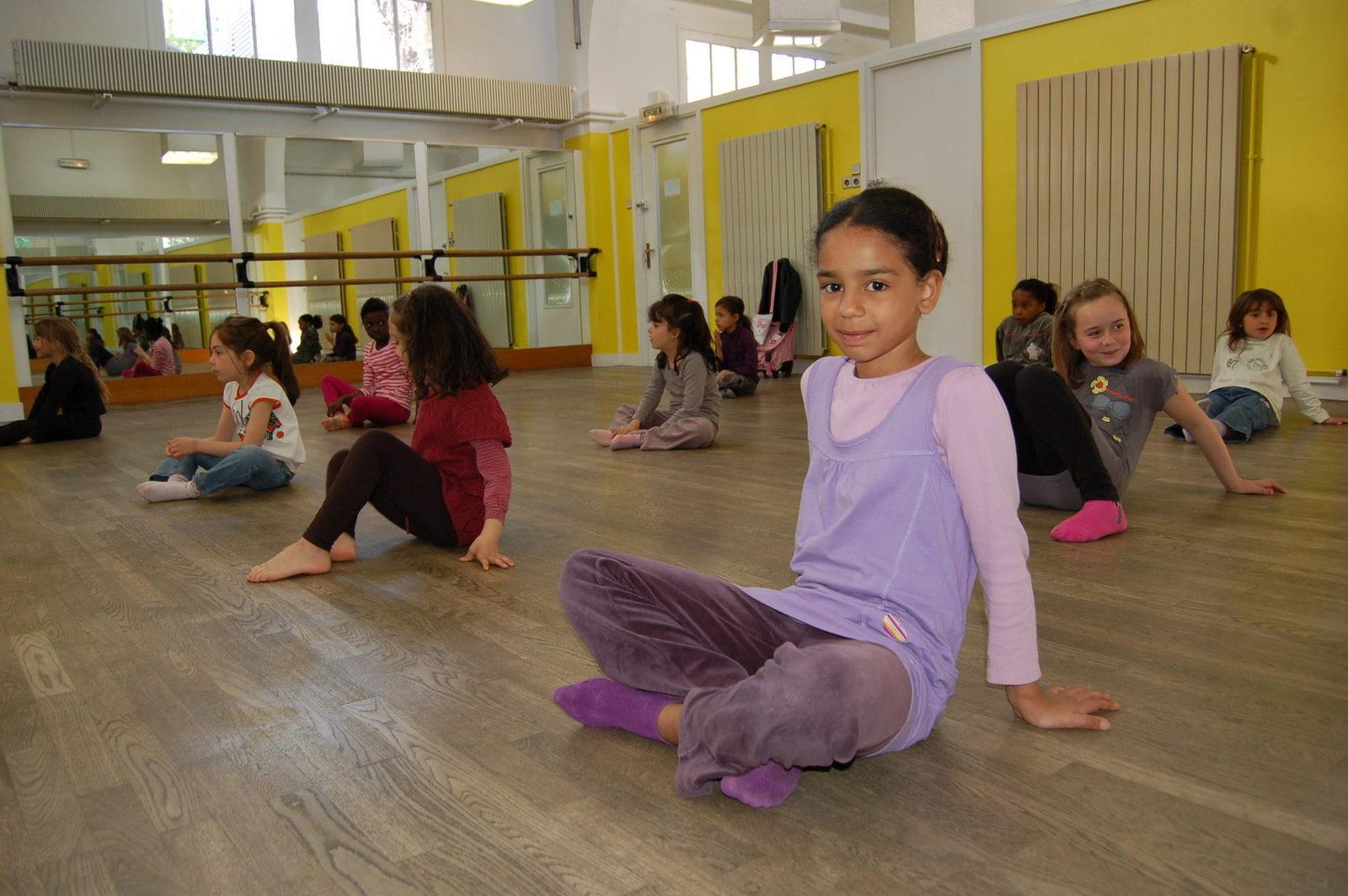 Cours De Danse Le Bourget Association Du Scorpion Blanc